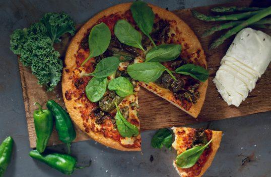 Pizza Hut lanserar ny meny med tillspetsade smaker