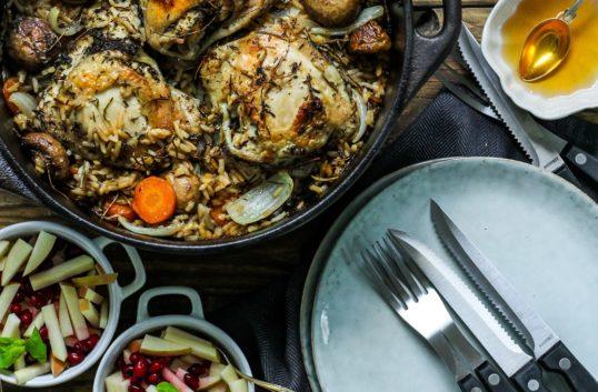 Allt i ett höstgryta med brynt vildris & risoni samt örtmarinerad kyckling + äppelsalsa