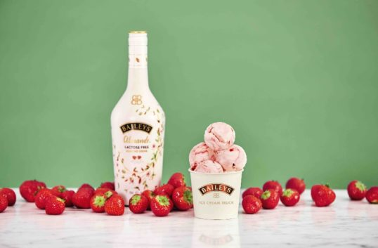 Baileys Strawberry Ice Cream