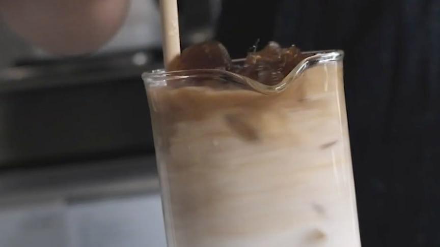Svalka dig med en Frozen Coffee Drink!