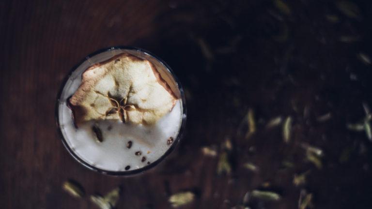 Meadowsweet & Cardamom Sour