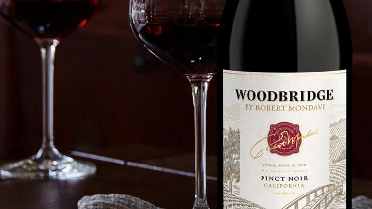 Generös kalifornisk Pinot Noir på magnumflaska