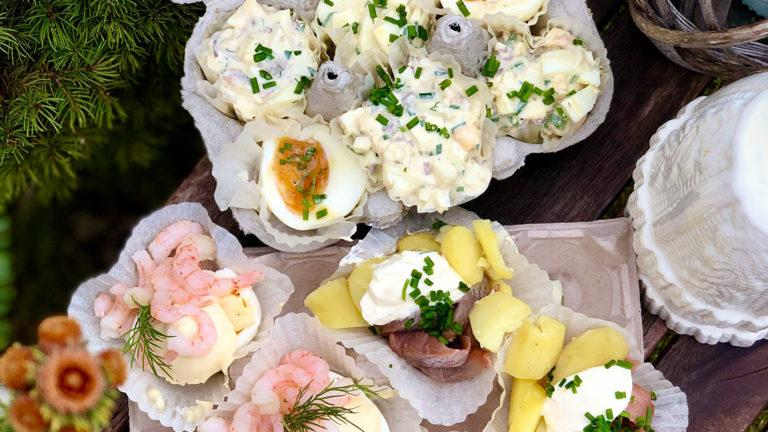 Så piffar du upp utomhusjulen – servera juliga smårätter i äggkartong