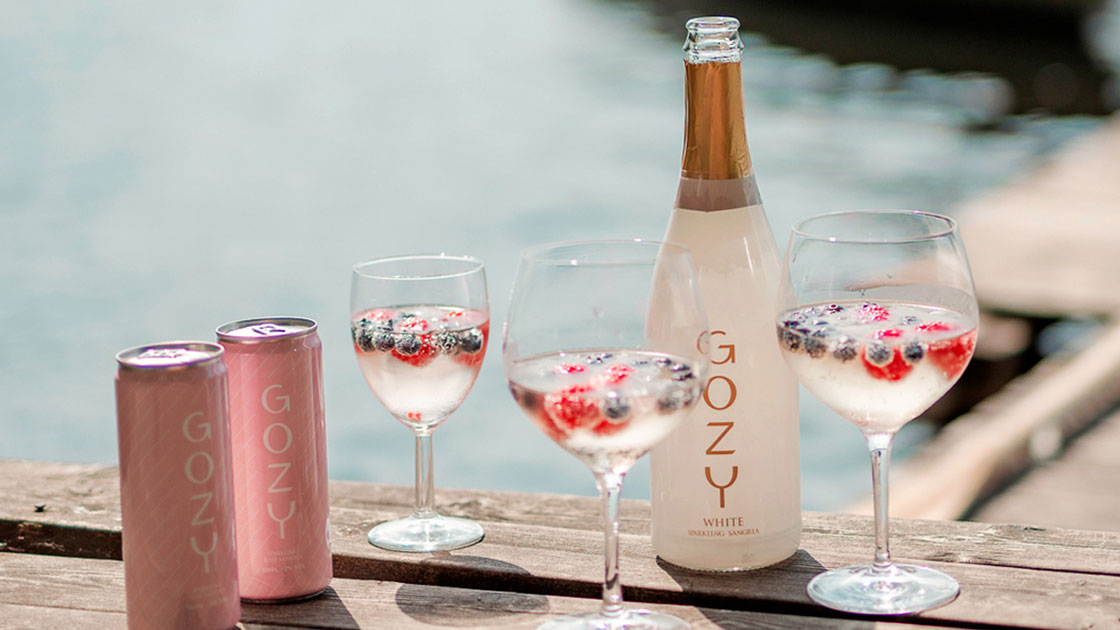 Bubblade sangria på burk - sommarens intressantaste dryckestrend?