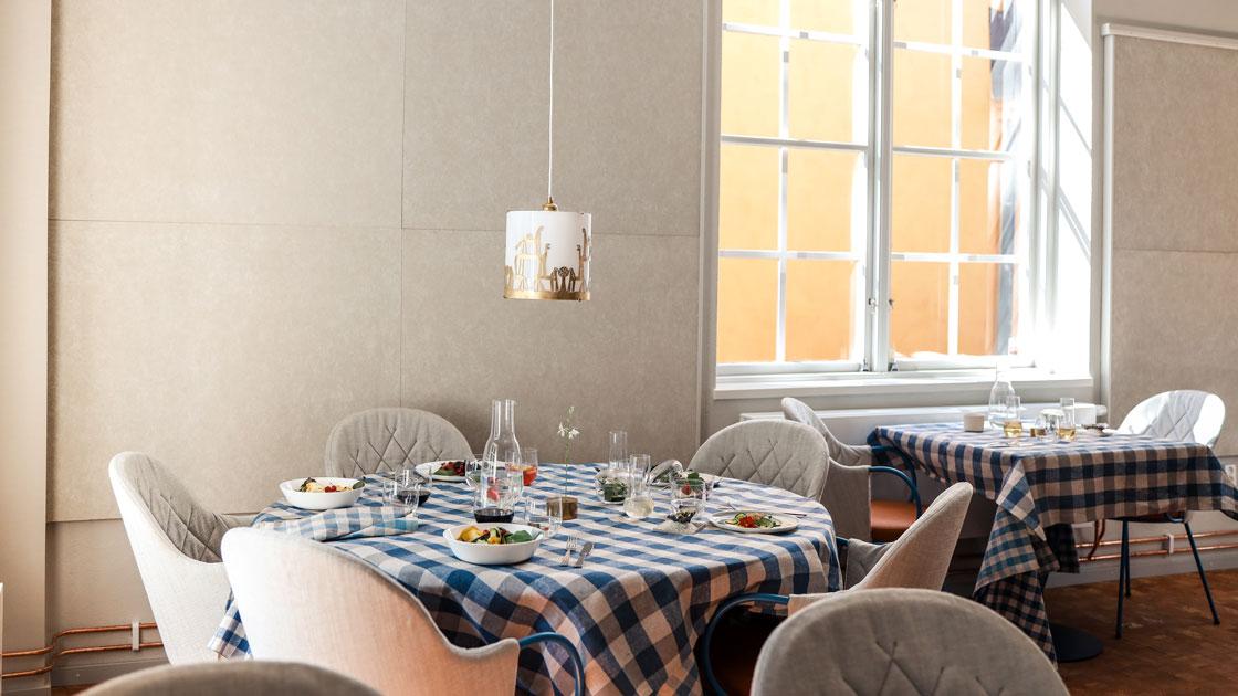 Nu öppnar Sebastian Schildts nya Restaurang Oxenstiernan – en plats där konst och mat möts