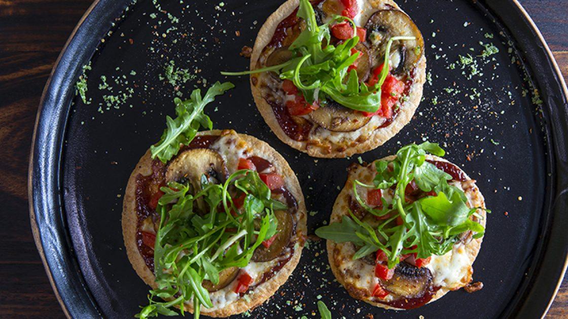 BBQ Minipizza med champinjoner