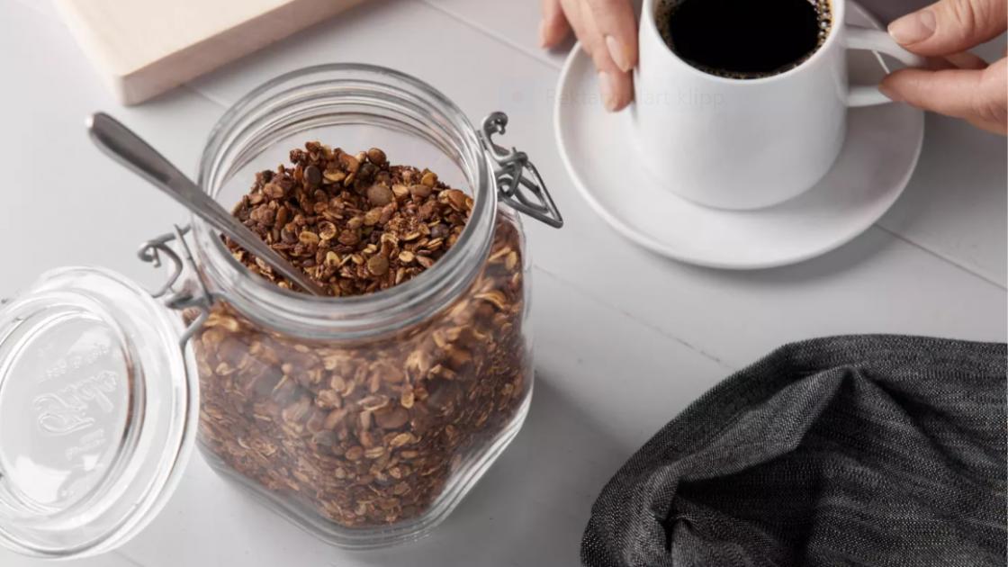 Granola med espresso och chokladnibblets