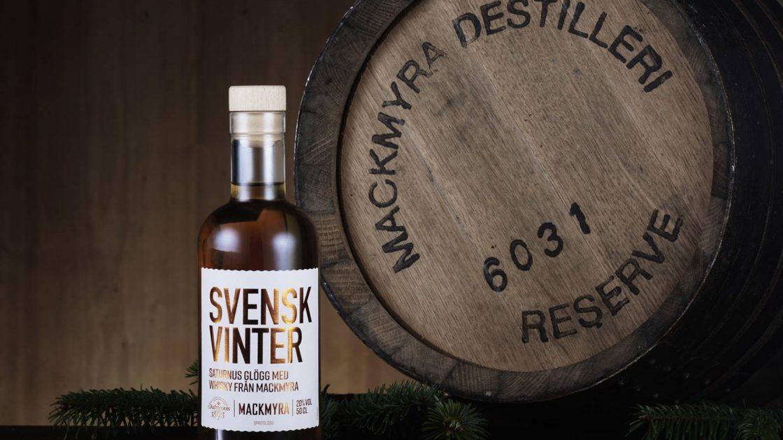Svensk Vinter – Saturnus vitvinsglogg spetsad med Mackmyra whisky – Årets Svenska Glogg