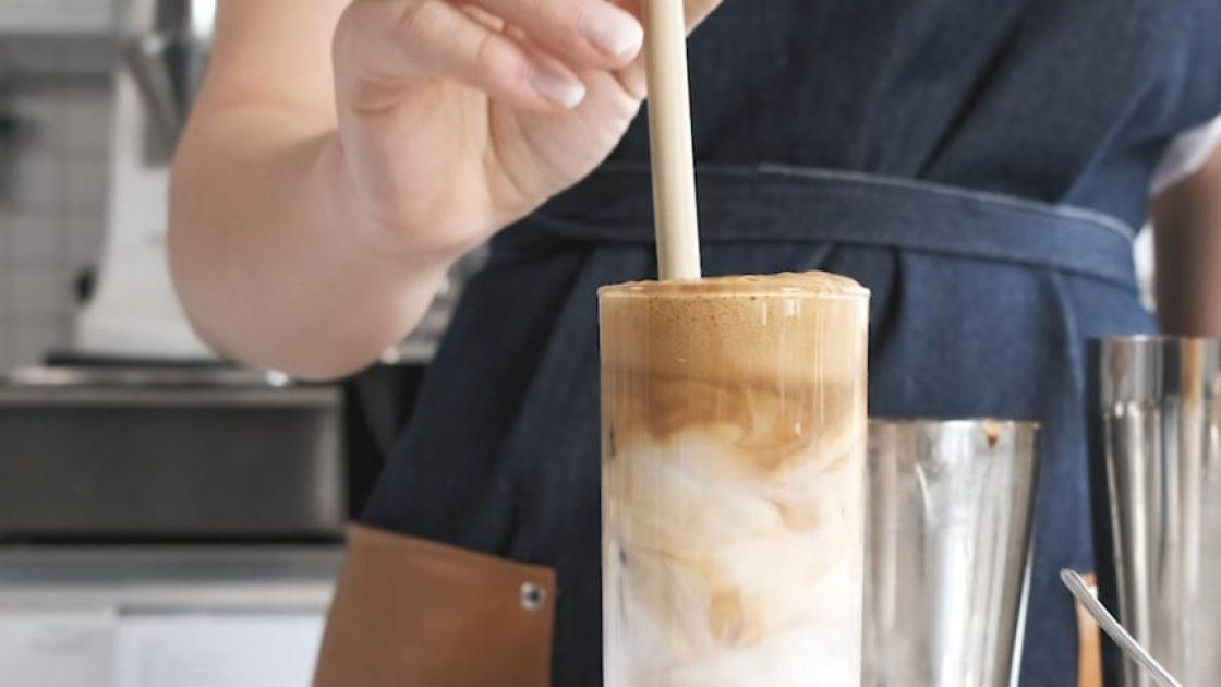 Så gör du en Instant Coffee Drink!