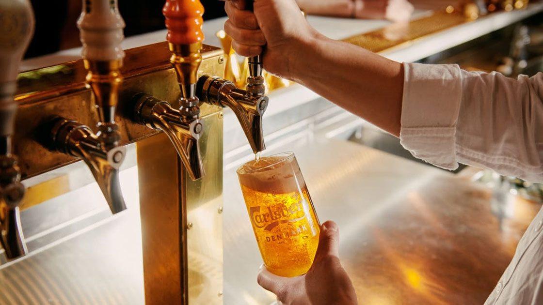Nu vill vi dricka öl på krogen i stället för i hemmet