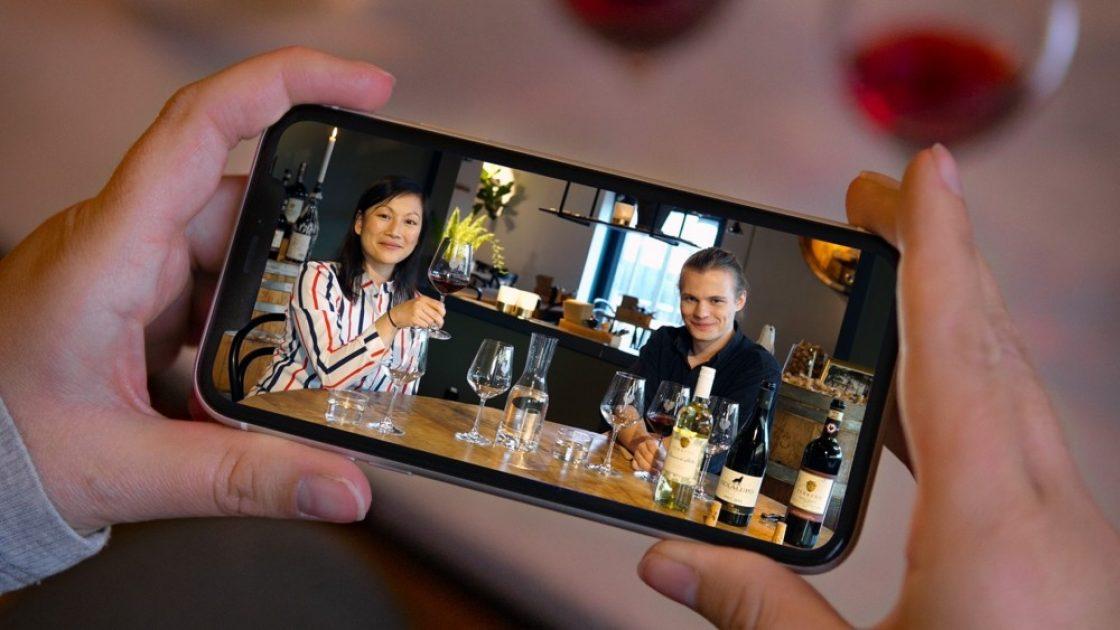 Livesända vinprovningar på fredagar