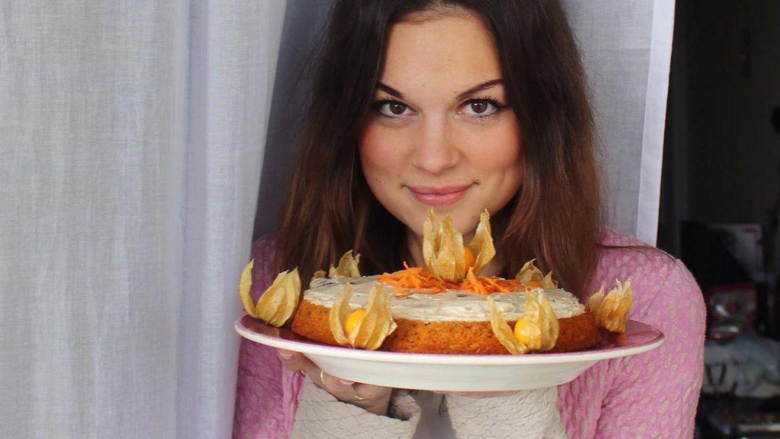 Krämig morotstårta